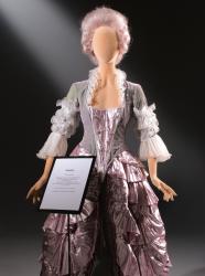 Poly Star Lady, pohybovatelná dámská figurína, provedení flock, černá s abstraktní hlavou