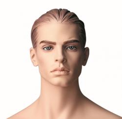 Pánská figurína Patrick tělová, postoj 3, prolisované vlasy, make-up